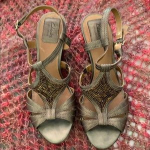 Clarks Bendable Bronze Leather Wedge Sandals 8.5